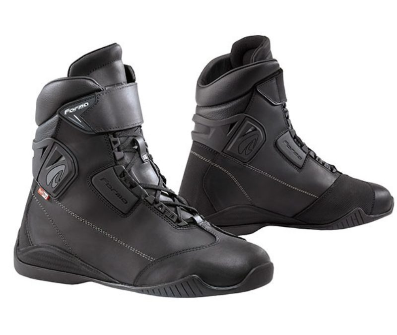 FORMA TRIBE OUTDRY BOOTS